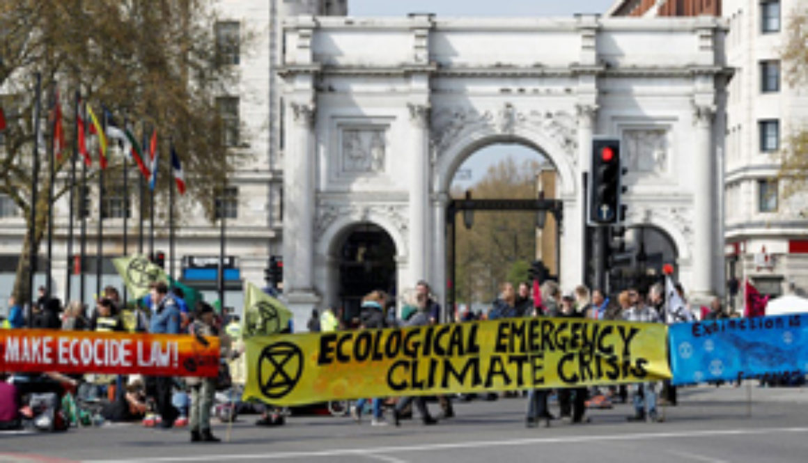 Thousands-of-protesters-are-blocking-roads-in-some-of-London's-busiest-areas,-demanding-action-on-climate-change..jpg