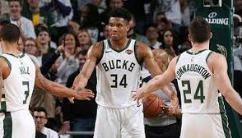 Giannis-Antetokounmpo-had-20-points-eight-rebounds-and-eight-assists-and-the-Milwaukee-Bucks-routed-the-Boston.jpg
