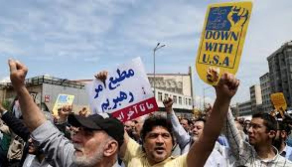 Iranians-angry-over-new-US-sanctions-on-Tehran.jpg
