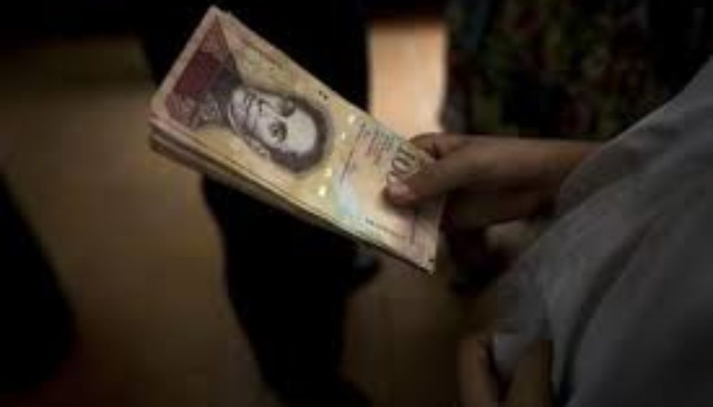 Venezuela-introduces-new-banknotes-as-inflation-soars.jpg