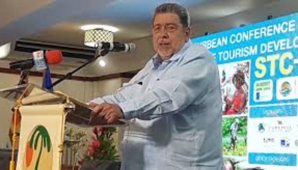 Gonsalves-challenges-tourism-executives-to-help-region.jpg