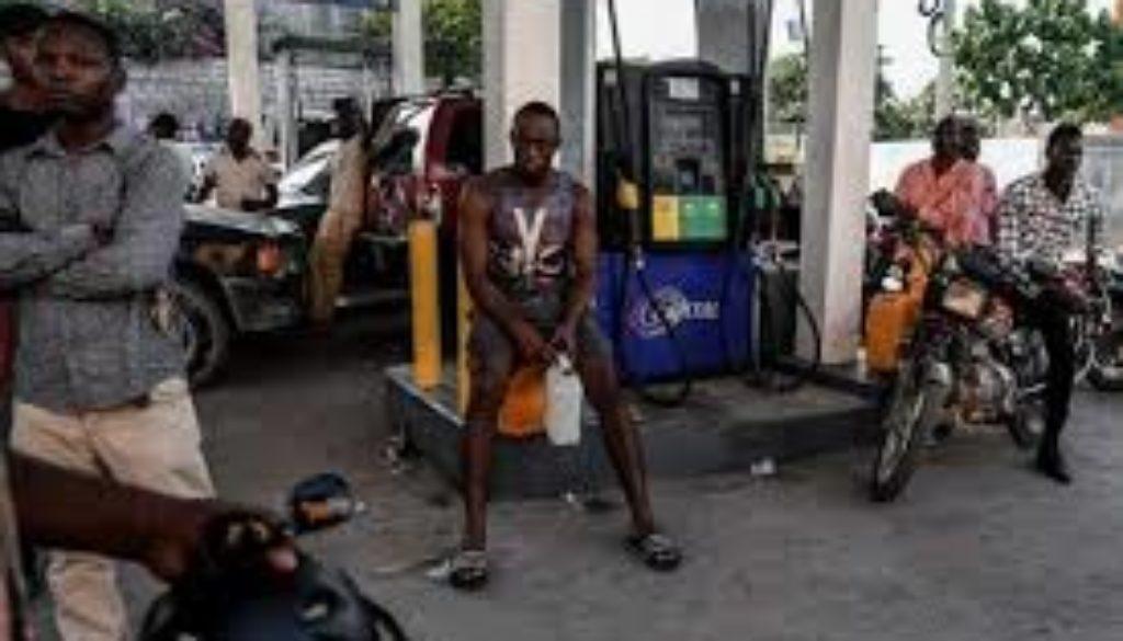 Worsening-fuel-shortage-in-impoverished-Haiti.jpg