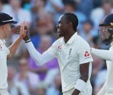Jofra-Archer-stars-as-England-take-first-innings-lead-over-Australia.jpg