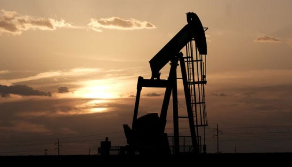 Oil-extends-losses-as-Saudi-looks-to-restore-output-by-the-end-of-September.jpg