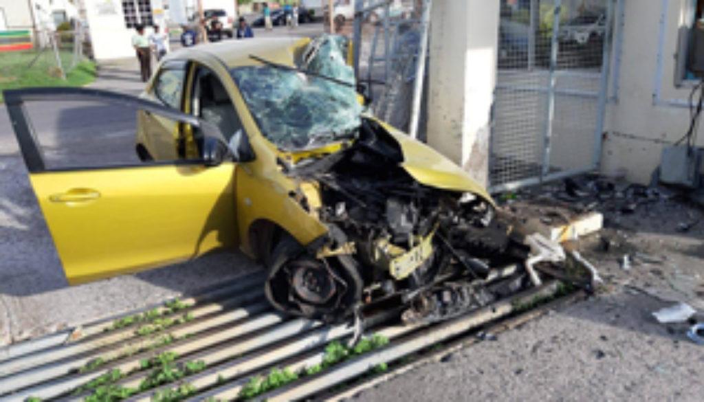 Police-officer-injured-in-Independence-morning-crash.jpg
