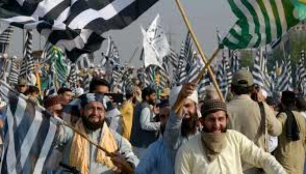 Azadi-March-Pakistans-opposition-protests-enter-third-day.jpg