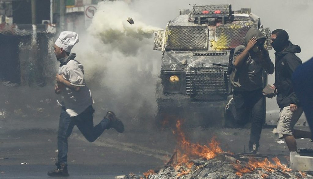 Chile-protesters-Government-concessions-not-enough.jpeg