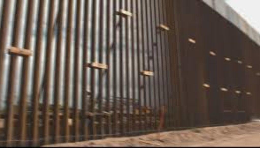 US-Mexico-border-wall-poses-severe-environmental-threat.jpg
