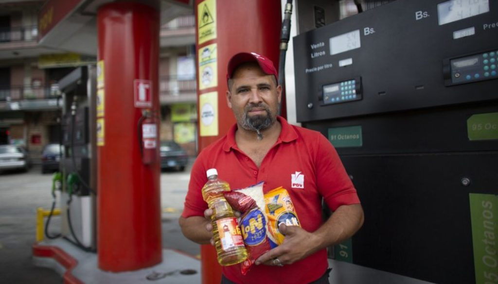 Venezuelans-buy-gas-with-cigarettes-to-battle-inflation.jpeg