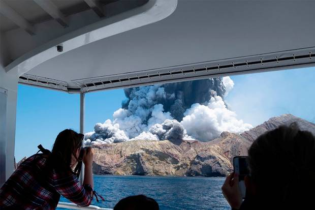 New-Zealand-volcano-No-sign-of-life-after-White-Island-eruption.jpg