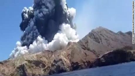 White-Island-volcano-NZ-to-recover-bodies-despite-danger.jpg