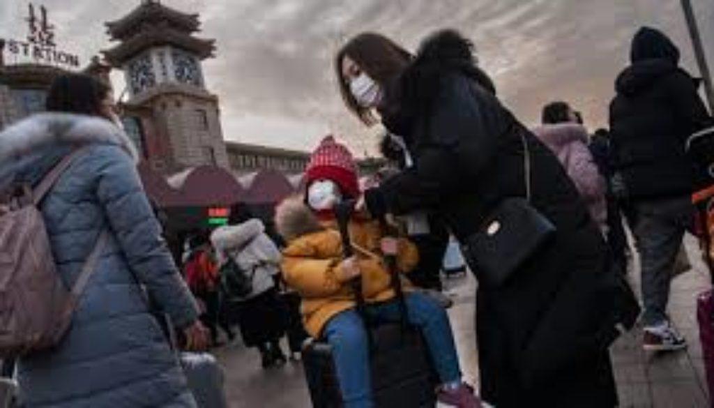 China-coronavirus-Death-toll-rises-as-more-cities-restrict-travel.jpg