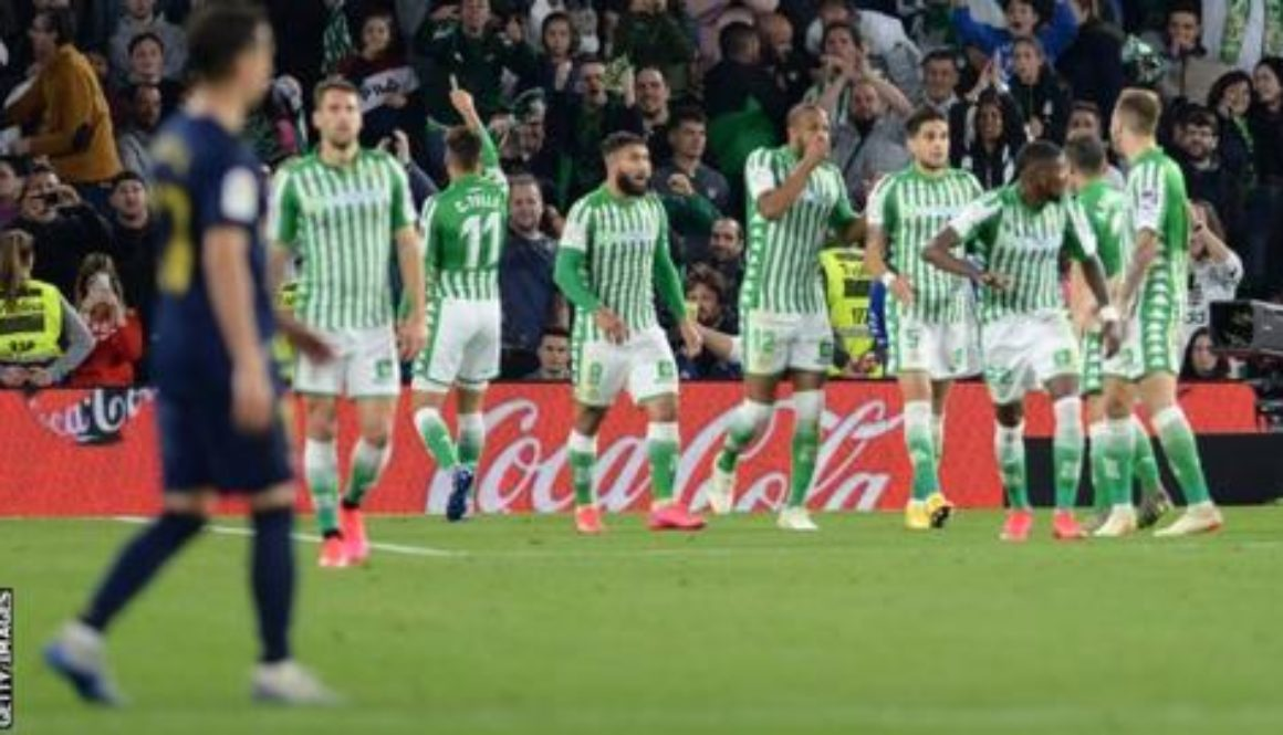 Real-Madrid-sustained-a-shock-defeat-at-Real-Betis-to-hand-the-initiative-to-Barcelona-in-the-La-Liga-title-race..jpg