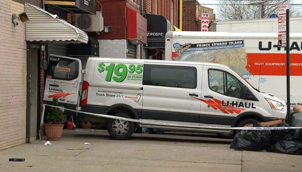 Coronavirus-New-York-funeral-home-puts-corpses-in-lorries.jpg